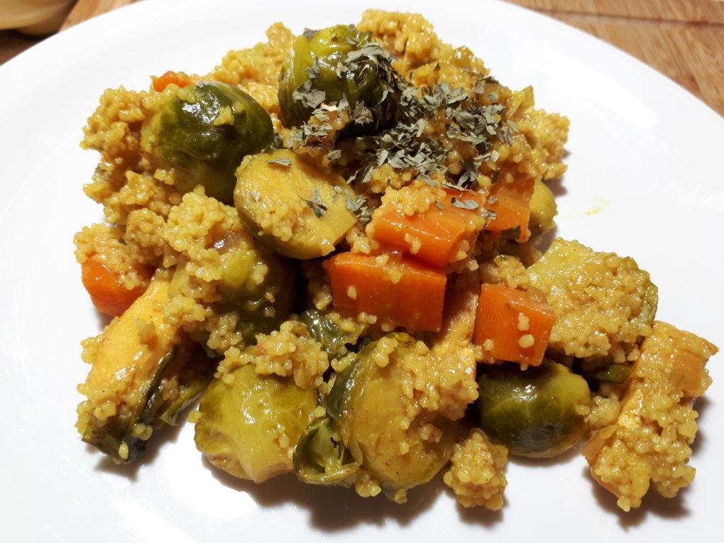 Couscous-Kokos-Gemüse-Pfanne mit Curry und Chicken