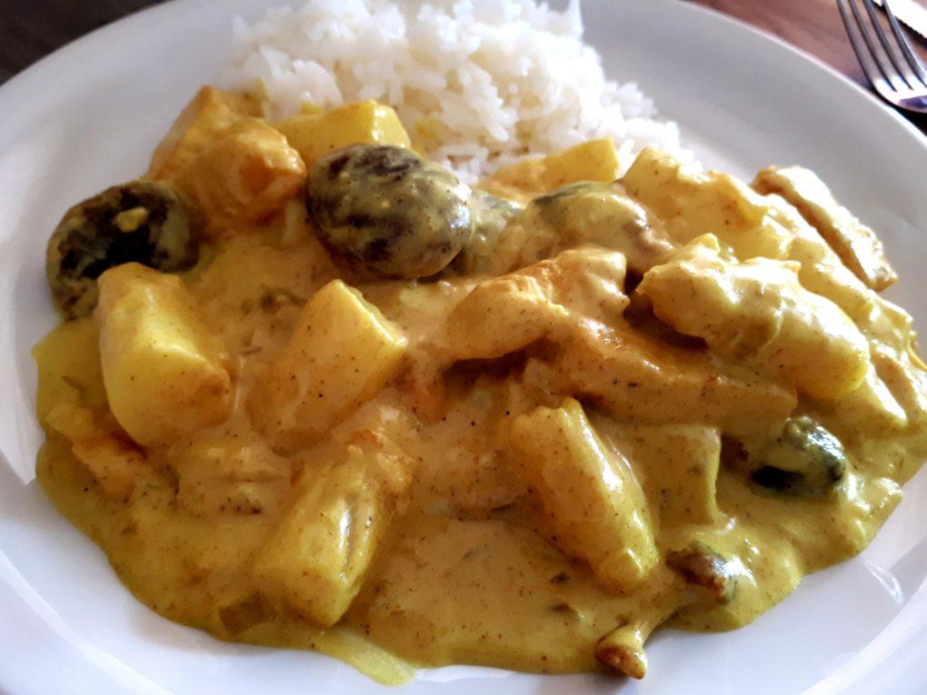 Chicken Curry mit Spargel und Pilzen