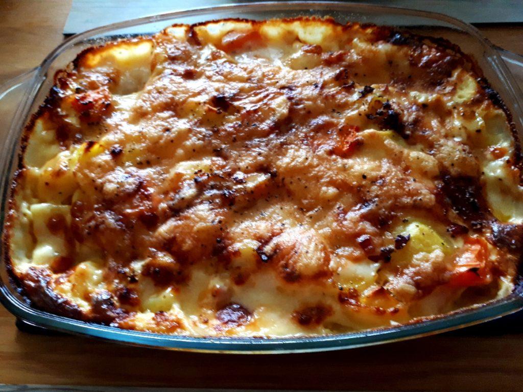 Kartoffel-Karotten-Fondue-Auflauf